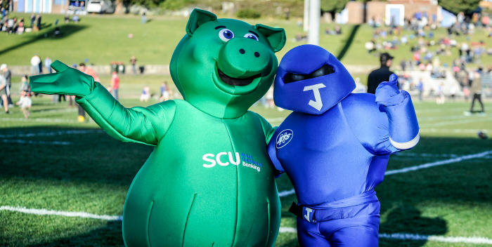 Syd the Pig and Jetman at Henson Park in 2014