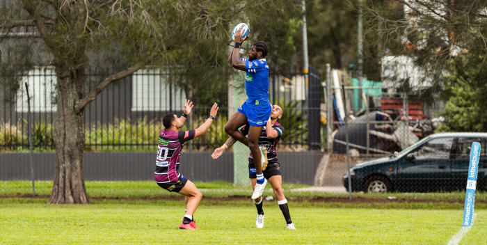 There might not be many spectators in the background, but Newtown Jets winger Edrick Lee showed all the poise and athleticism of a top-class NRL player in scoring this try right on half-time last Sunday. Five-eighth Kyle Flanagan had put the perfectly-flighted kick into the corner for Edrick to leap for and catch. Photo: Mario Facchini (MAF Photography)