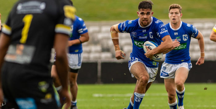 Newtown Jets fullback Will Kennedy (with the ball) was in top class form in Saturday's elimination semi-final at Kogarah Oval. Photo: Mario Facchini, mafphotography