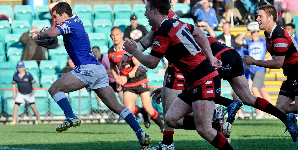 Newtown Jets captain Daniel Mortimer is pictured breaking away to score a game-changing try at Leichhardt Oval on Sunday, 16th September 2012. Photographer: The one and only Gary Sutherland.