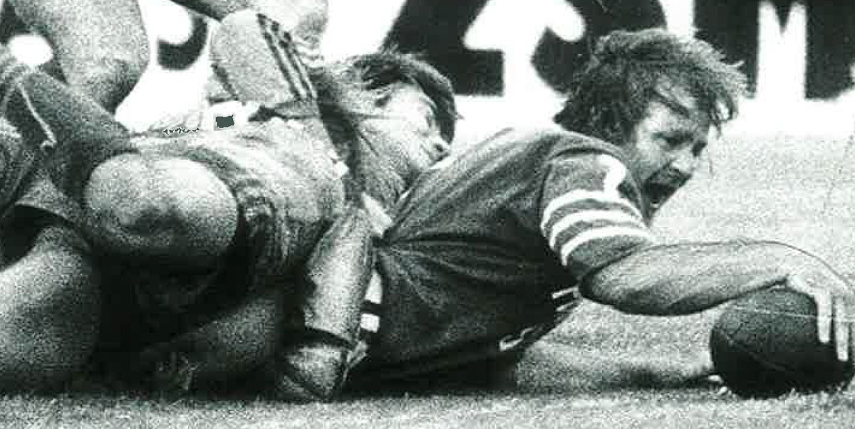 Newtown halfback and captain Tom Raudonikis scores for the Jets early in the second half of the 1981 NSWRL first grade grand final.  Photo: Newtown RLFC.